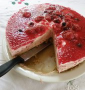 Simple cheese cake by Merriebabies