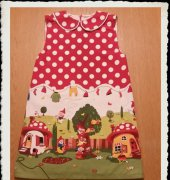 Dress for my grandddaughter - Gnome Dress - De droomfabriek