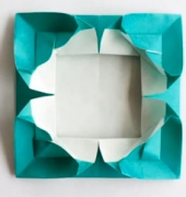 Origami Photo Frame (4 hearts) video tutorial - free
