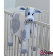 Cuddle and Play Cow Blanket - Aneta Wawro - Crochet Arcade