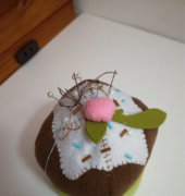chocolate cake pin cushion - unknown