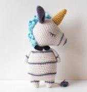 Zoe the Unicorn Zebra -Femke Vindevogel - Sweet Amigurumi Design